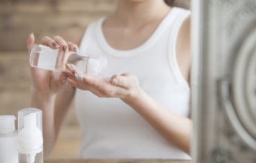 見た目年齢は肌の水分量で決まる!潤い肌をつくる4つの秘訣